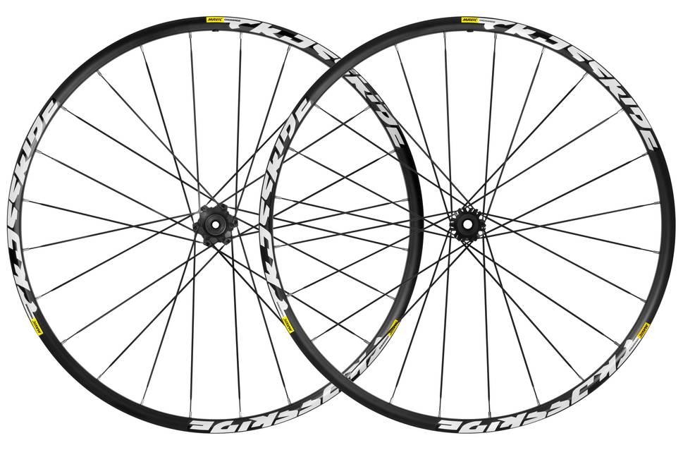 mavic-crossride-29-6-bolt-wheelset-2016-black-EV254298-8500-1-GILKINET